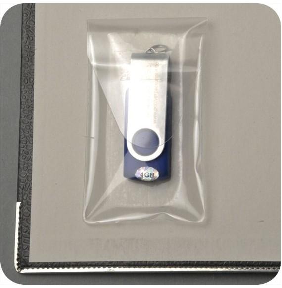 Pochette adhésive pour carte mèmoire 52 x 60 mm avec rabat par 100